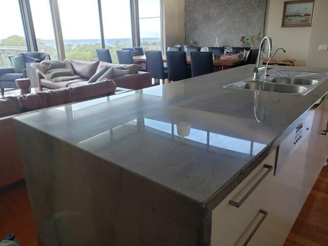 granite benchtop polishing after
