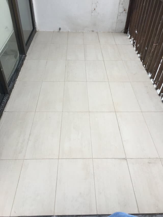 outdoor balcony porcelain re-grouting after