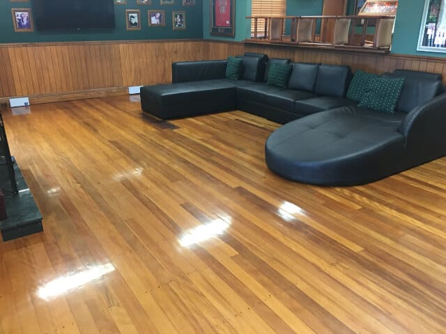 lounge wood waxing and buffing before